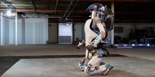 robot-atlas-a-genoux