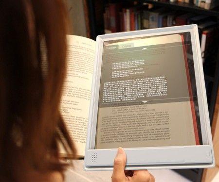 Traduction instantanée sur tablette transparente